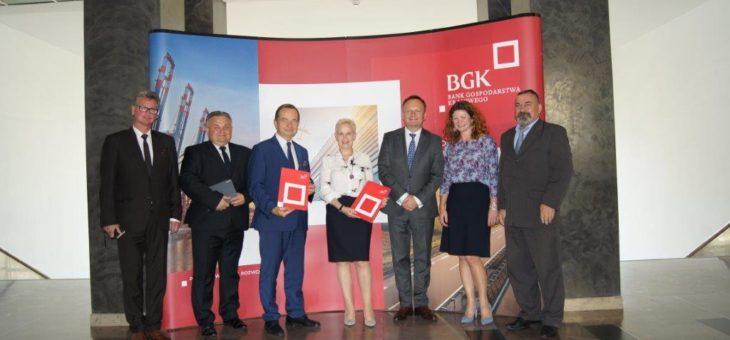 Podpisanie umowy kredytowej z Bankiem Gospodarstwa Krajowego w Warszawie